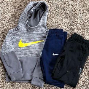 Bundle of Nike size 4/4T